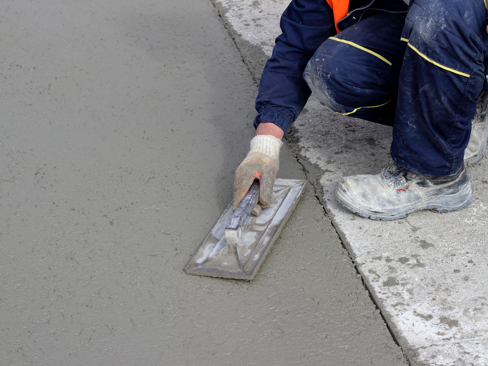 how to become concrete contractor
